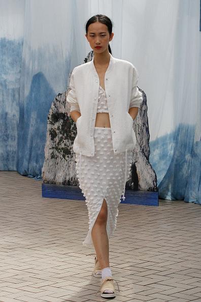 Cardigan Sweater「Creatures Of Comfort - Presentation - Mercedes-Benz Fashion Week Spring 2014」:写真・画像(16)[壁紙.com]