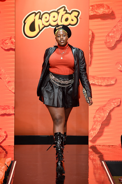 Variation「Cheetos Unveils Fan-Inspired Versions Of The #CheetosFlaminHaute Look At The House Of Flamin' Haute Runway Show + Style Bar Experience In New York」:写真・画像(3)[壁紙.com]