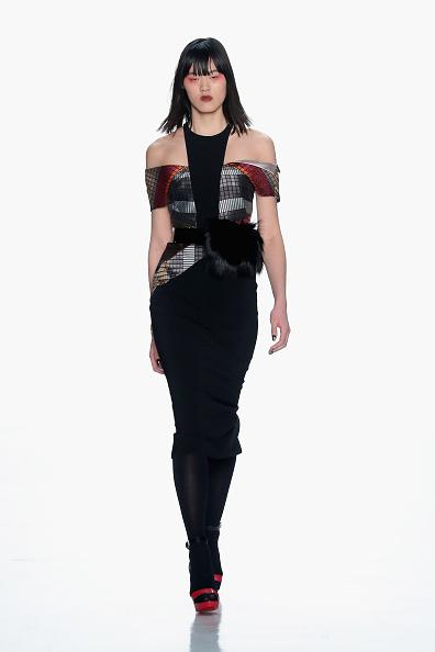 Shoulder「Bibhu Mohapatra - Runway - February 2017 - New York Fashion Week: The Shows」:写真・画像(6)[壁紙.com]