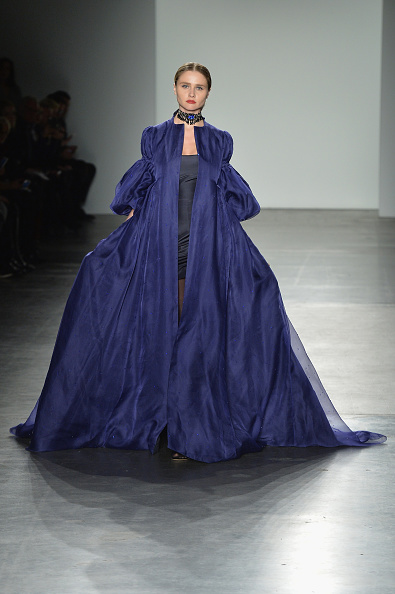 Royal Blue「Zang Toi - Runway - February 2017 - New York Fashion Week: The Shows」:写真・画像(4)[壁紙.com]