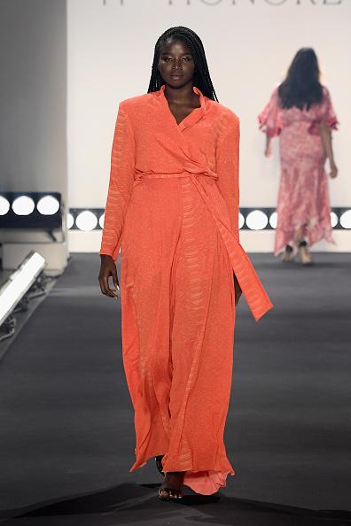 Orange Color「11 Honore - Runway - February 2019 - New York Fashion Week: The Shows」:写真・画像(5)[壁紙.com]