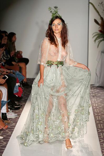 Catwalk - Stage「Anna Francesca - Fashion Gallery NYFW - Runway」:写真・画像(4)[壁紙.com]