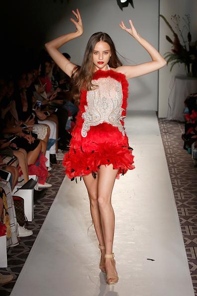 Alternative Pose「Anna Francesca - Fashion Gallery NYFW - Runway」:写真・画像(12)[壁紙.com]