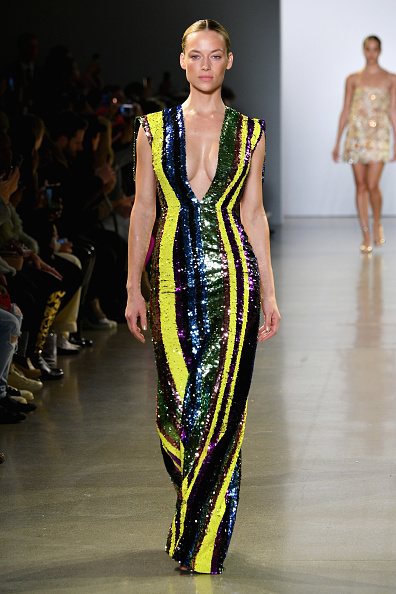 Striped「Cong Tri - Runway - February 2019 - New York Fashion Week: The Shows」:写真・画像(16)[壁紙.com]