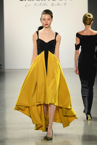 High Low Dress「Chiara Boni La Petite Robe - Runway - February 2019 - New York Fashion Week: The Shows」:写真・画像(3)[壁紙.com]