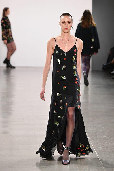 Spring Studios - New York「Nicole Miller - Runway - February 2019 - New York Fashion Week: The Shows」:写真・画像(11)[壁紙.com]