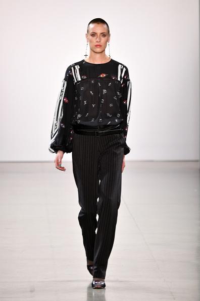 Spring Studios - New York「Nicole Miller - Runway - February 2019 - New York Fashion Week: The Shows」:写真・画像(6)[壁紙.com]