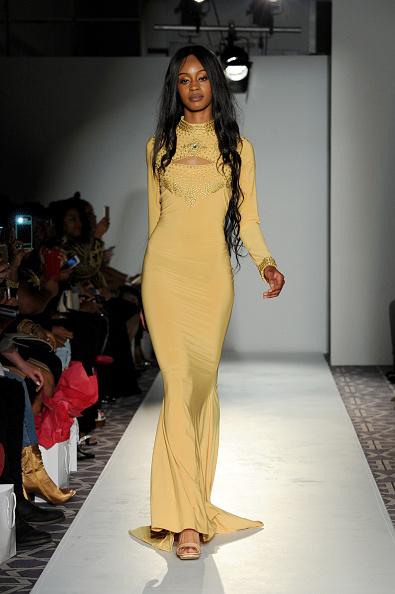 Form Fitted Dress「Kaftan Citra - Fashion Gallery NYFW - Runway」:写真・画像(14)[壁紙.com]