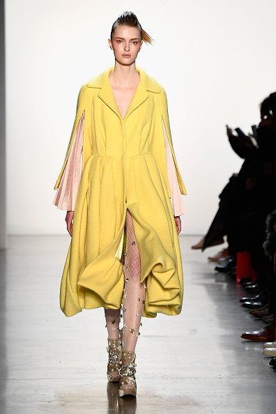 Hosiery「Son Jung Wan - Runway - February 2018 - New York Fashion Week: The Shows」:写真・画像(17)[壁紙.com]
