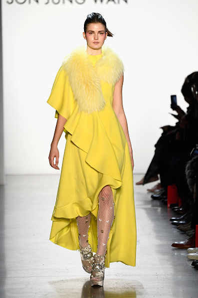 Spring Studios - New York「Son Jung Wan - Runway - February 2018 - New York Fashion Week: The Shows」:写真・画像(19)[壁紙.com]