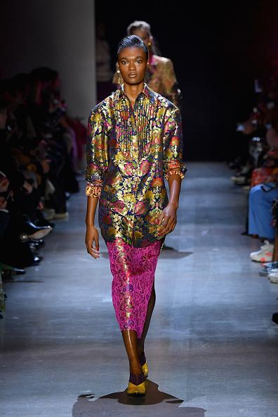 Three Quarter Length Sleeve「Prabal Gurung - Runway - February 2019 - New York Fashion Week: The Shows」:写真・画像(19)[壁紙.com]