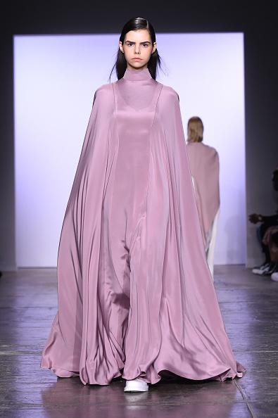 ニューヨークファッションウィーク「Hogan McLaughlin - Runway - February 2019 - New York Fashion Week: The Shows」:写真・画像(19)[壁紙.com]