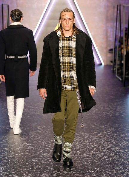 Mid Calf Boot「Brand Who - Runway -  Mercedes Benz Fashion Week Istanbul - March 2018」:写真・画像(16)[壁紙.com]