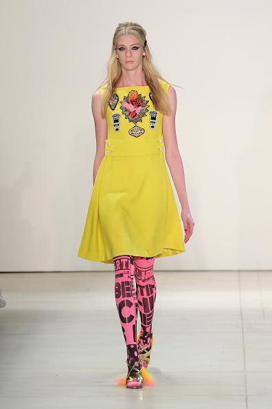 Yellow Dress「Libertine - Runway - September 2016 - New York Fashion Week: The Shows」:写真・画像(5)[壁紙.com]