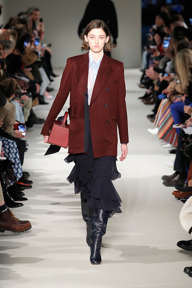 Mini Bag「Victoria Beckham - Runway - February 2017 - New York Fashion Week」:写真・画像(19)[壁紙.com]