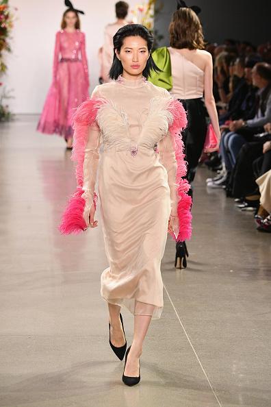 Feather「Bibhu Mohapatra - Runway - February 2019 - New York Fashion Week: The Shows」:写真・画像(15)[壁紙.com]