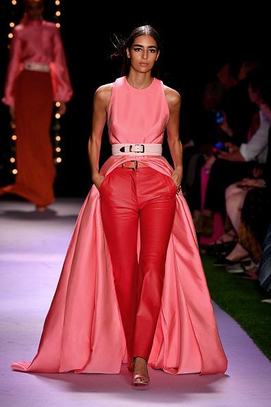 Dress Over Pants「Brandon Maxwell - Runway - September 2019 - New York Fashion Week: The Shows」:写真・画像(0)[壁紙.com]