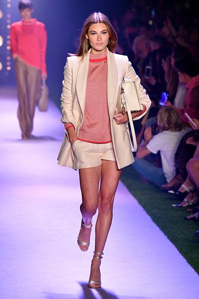 Cream Colored Shorts「Brandon Maxwell - Runway - September 2019 - New York Fashion Week: The Shows」:写真・画像(5)[壁紙.com]