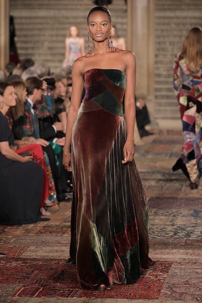 ニューヨークファッションウィーク「Ralph Lauren - Runway - September 2018 - New York Fashion Week」:写真・画像(8)[壁紙.com]