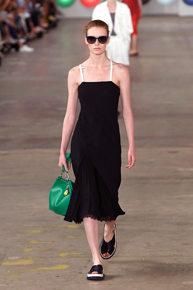 Spaghetti Straps「Boss Womenswear - Runway - September 2016 - New York Fashion Week」:写真・画像(1)[壁紙.com]