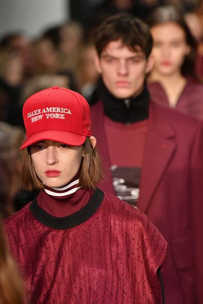 West Village「Public School - Runway - February 2017 - New York Fashion Week」:写真・画像(3)[壁紙.com]