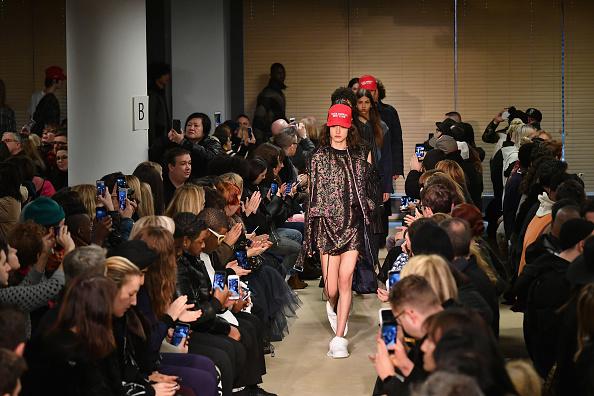 West Village「Public School - Runway - February 2017 - New York Fashion Week」:写真・画像(6)[壁紙.com]