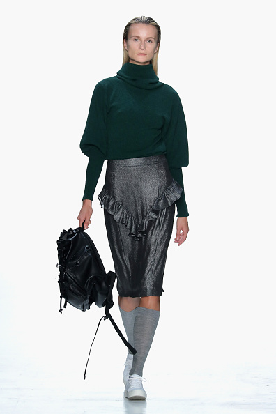 Backpack「Marcel Ostertag - Runway - February 2017 - New York Fashion Week: The Shows」:写真・画像(15)[壁紙.com]