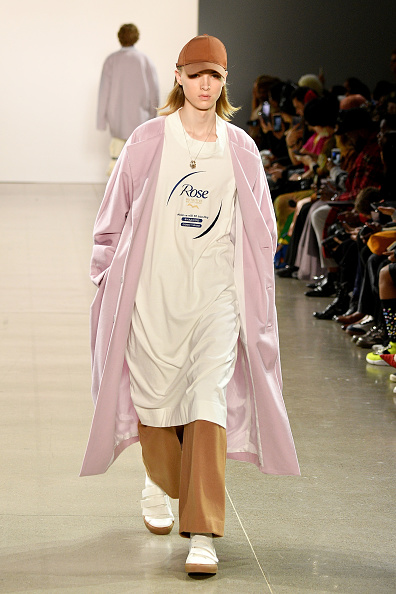 Dia Dipasupil「Asia Fashion Collection - Runway - February 2019 - New York Fashion Week: The Shows」:写真・画像(10)[壁紙.com]