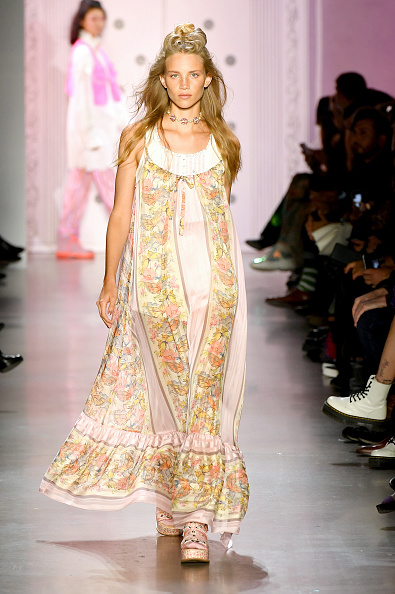Personal Accessory「Anna Sui - Runway - September 2019 - New York Fashion Week: The Shows」:写真・画像(13)[壁紙.com]