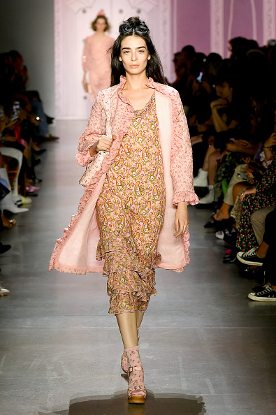 Sock「Anna Sui - Runway - September 2019 - New York Fashion Week: The Shows」:写真・画像(19)[壁紙.com]