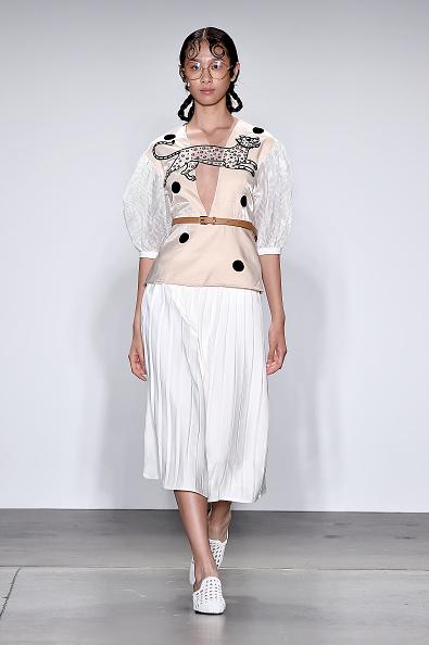 Shirt「Global Fashion Collective - Runway - September 2019 - New York Fashion Week: The Shows」:写真・画像(18)[壁紙.com]
