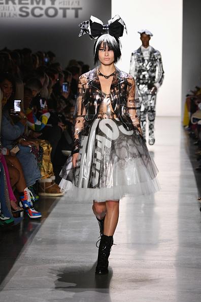 Biker Jacket「Jeremy Scott - Runway - February 2019 - New York Fashion Week: The Shows」:写真・画像(2)[壁紙.com]