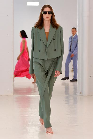 Green Color「Helmut Lang - Runway - September 2019 - New York Fashion Week: The Shows」:写真・画像(5)[壁紙.com]