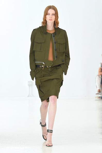 Beige「Helmut Lang - Runway - September 2019 - New York Fashion Week: The Shows」:写真・画像(7)[壁紙.com]