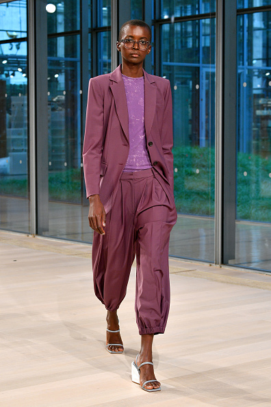 Metallic Shoe「Tibi - Runway - September 2019 - New York Fashion Week」:写真・画像(2)[壁紙.com]