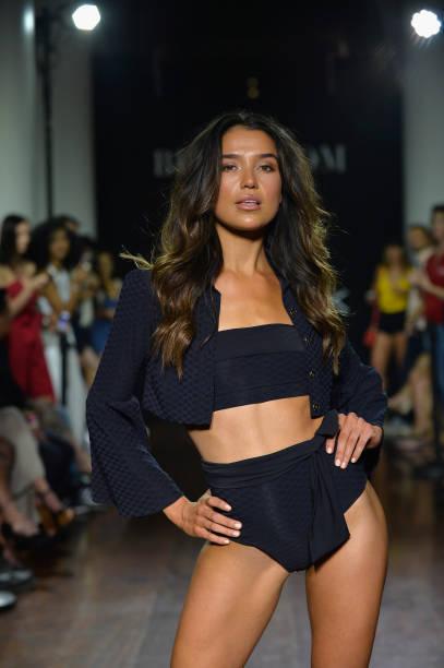 Bikini.com X newMARK Models - Runway - Paraiso Fashion Fair:ニュース(壁紙.com)