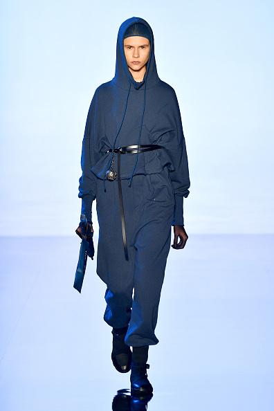 Skinny Belt「TMall China Cool: Rizhuo - Runway - September 2019 - New York Fashion Week: The Shows」:写真・画像(2)[壁紙.com]