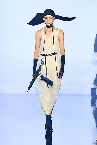 Skinny Belt「TMall China Cool: Rizhuo - Runway - September 2019 - New York Fashion Week: The Shows」:写真・画像(4)[壁紙.com]