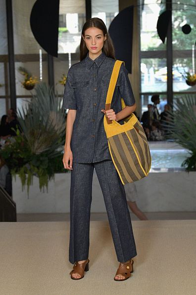 Shoulder Bag「Derek Lam - Runway - September 2017 - New York Fashion Week」:写真・画像(4)[壁紙.com]