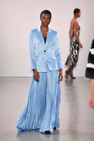 Light Blue「Burnett - Runway - February 2019 - New York Fashion Week: The Shows」:写真・画像(2)[壁紙.com]