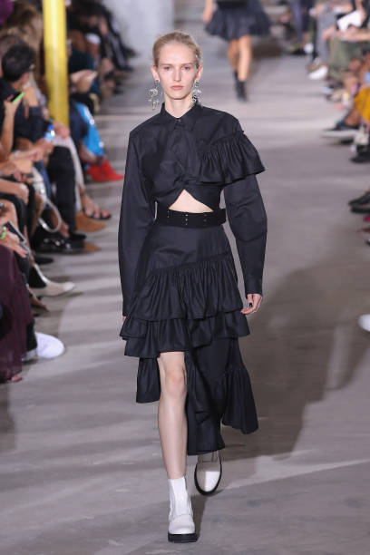 3.1 Phillip Lim - Runway - September 2017 - New York Fashion Week:ニュース(壁紙.com)