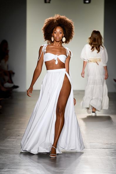 Maxi Skirt「Fashion Palette - Australian Womenswear Spring/Summer '20 Collection Show - Runway」:写真・画像(14)[壁紙.com]