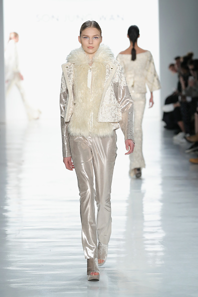 Satin Pants「Son Jung Wan - Runway - February 2017 - New York Fashion Week: The Shows」:写真・画像(0)[壁紙.com]