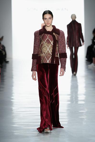 Diamond Pattern「Son Jung Wan - Runway - February 2017 - New York Fashion Week: The Shows」:写真・画像(6)[壁紙.com]