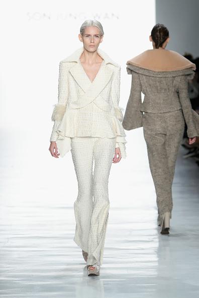 Ruffled「Son Jung Wan - Runway - February 2017 - New York Fashion Week: The Shows」:写真・画像(16)[壁紙.com]