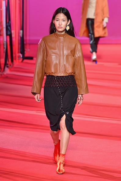 Leather Jacket「3.1 Phillip Lim - Runway - February 2017 - New York Fashion Week」:写真・画像(17)[壁紙.com]