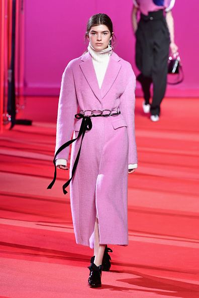 Coat - Garment「3.1 Phillip Lim - Runway - February 2017 - New York Fashion Week」:写真・画像(16)[壁紙.com]