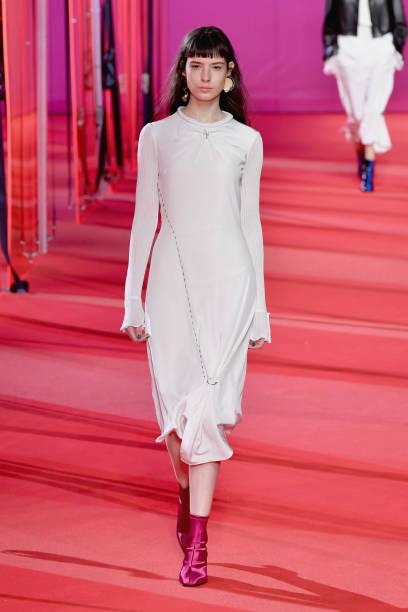 3.1 Phillip Lim - Runway - February 2017 - New York Fashion Week:ニュース(壁紙.com)