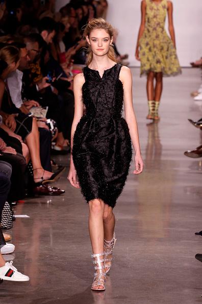 Silver Shoe「Zac Posen - Runway - September 2016 - New York Fashion Week」:写真・画像(17)[壁紙.com]