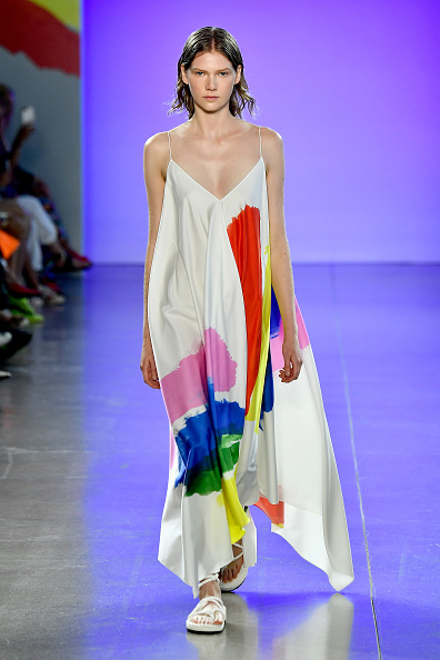 ニューヨークファッションウィーク「Milly By Michelle Smith - Runway - September 2018 - New York Fashion Week: The Shows」:写真・画像(6)[壁紙.com]